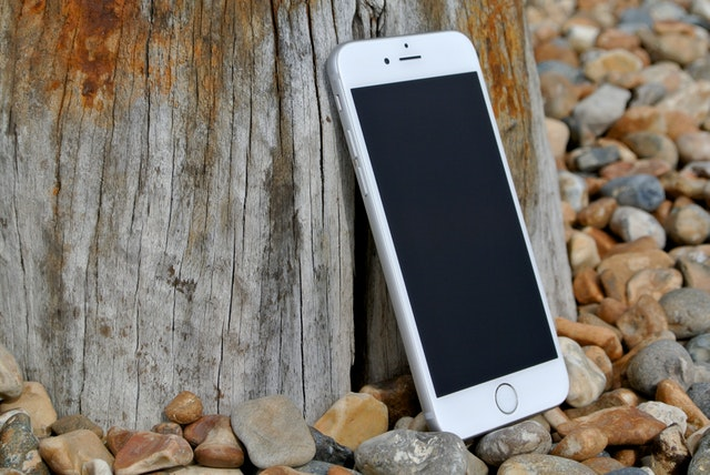 iphone 6 apple ios iphone 50603 - Buying a Used Mobile Phone is the Eco-Friendly Option